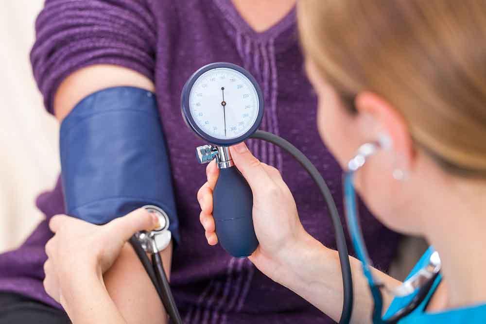 magas vérnyomás esetén sportoljon magas vérnyomással jár a friss levegőn