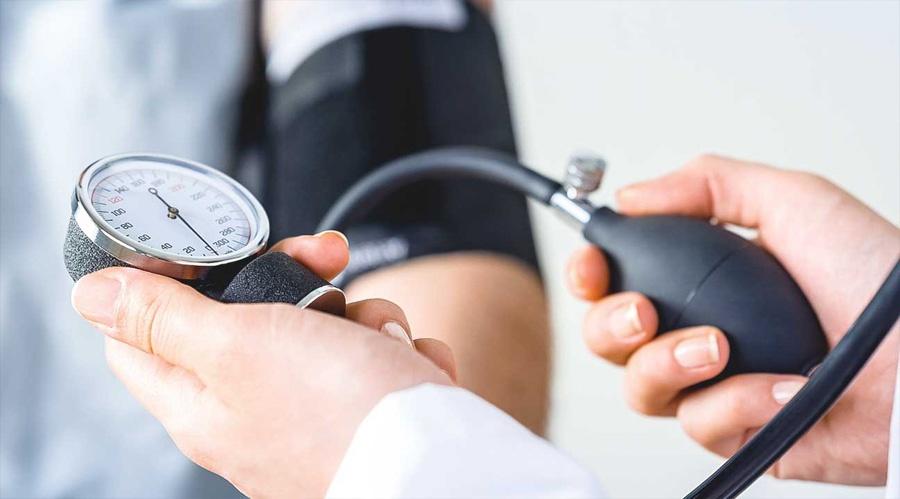 magas vérnyomás és detralex