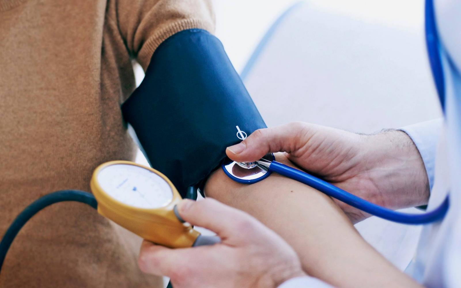 hypersthenia az adjon vérnyomást