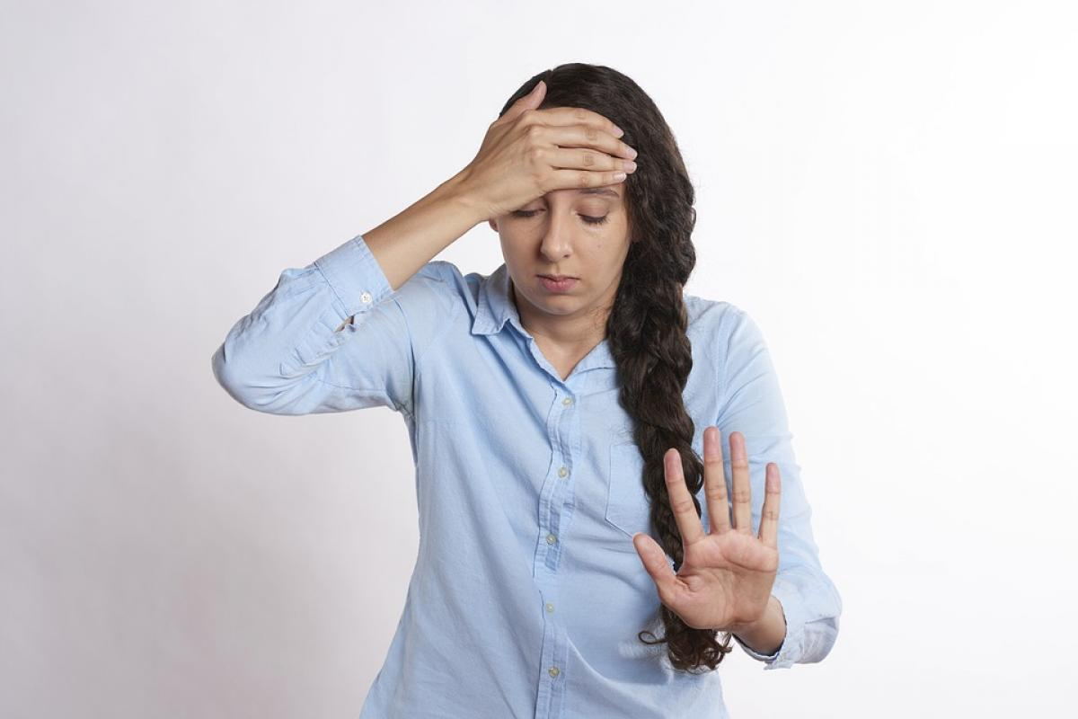 Fejfájás hátulról: a patológia okai és típusai, fájdalomkezelés - Isiász