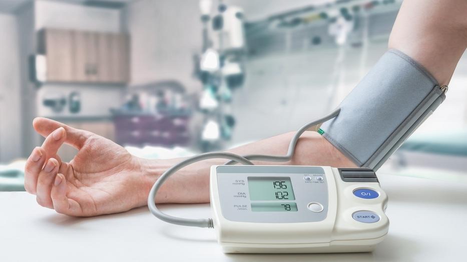 magas vérnyomás-összeállítás