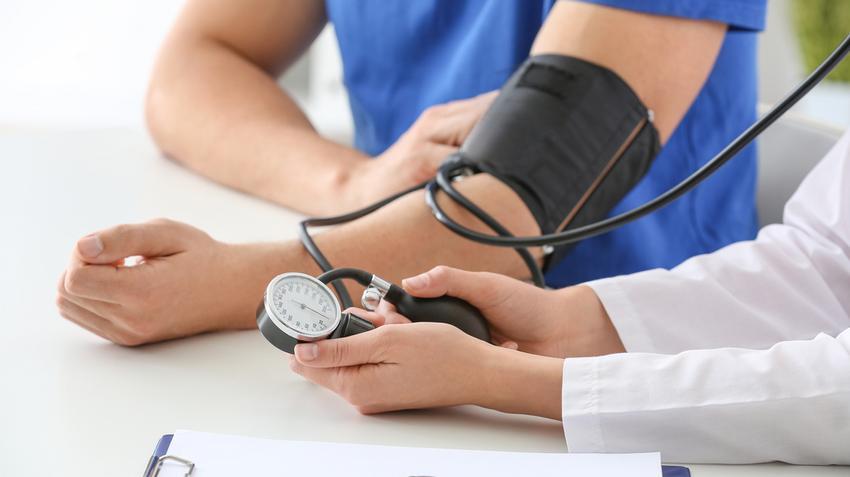 magas vérnyomás diagnosztizálva magas vérnyomás esetén szédülést érezhet