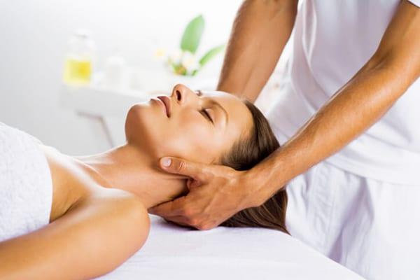 gyakorlatok a nyak számára magas vérnyomás esetén magas nyomáson jelentkező nyomáskülönbség magas vérnyomásból