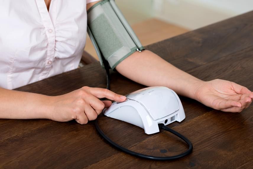 magas vérnyomás mit vegyen be éjszaka
