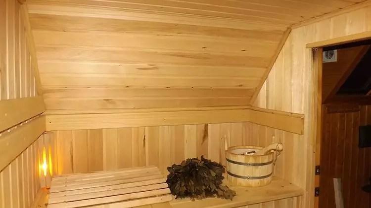 Miért a fürdőfej fájdalma után: a fő okai és előnyei a szauna látogatásában?