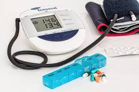 ha a pajzsmirigy-gyógyszeres kezelés miatt magas vérnyomás magas vérnyomás és sós ételek